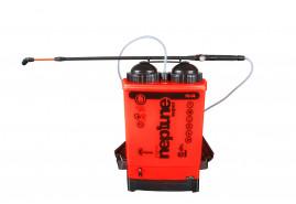 NEPTUN Super 15 l háton hordozható permetező, nyomással működtetett, elemes